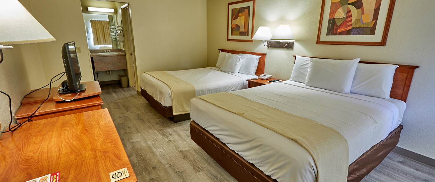 WHEN YOU WANT MODERN LIFESTYLE AMENITIES, A COMFORTABLE BED, AND A STYLISH ROOM