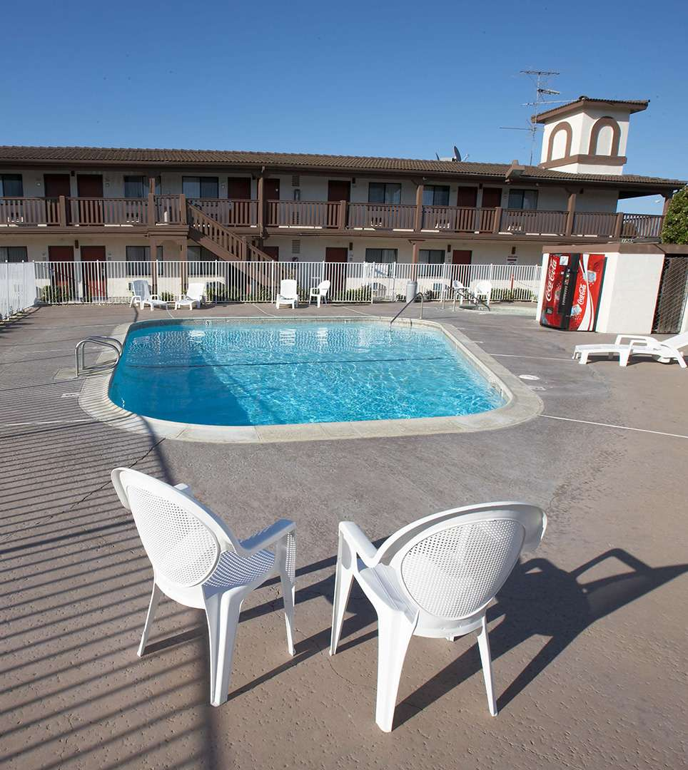 The E-Z 8 Motel Newark, CA Offers Affordable Lodging Nearby Fremont