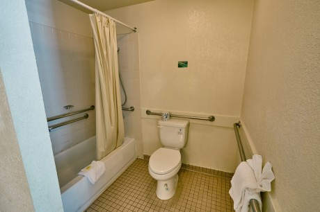 Welcome To EZ 8 San Jose II Motel - Accessible Private Bathroom
