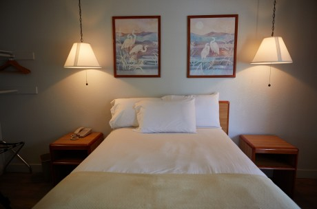 Welcome To Premier Inns Thousand Oaks - Queen Room