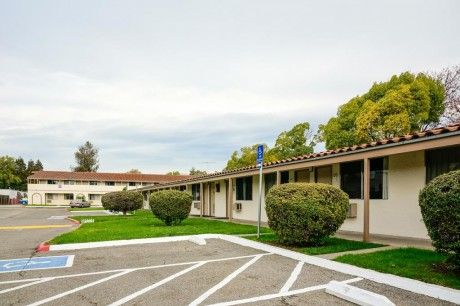 Welcome To EZ 8 San Jose II Motel - Dedicated Accessible Parking