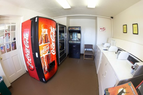 Welcome To EZ8 Palmdale Motel - Vending and Guest Laundry