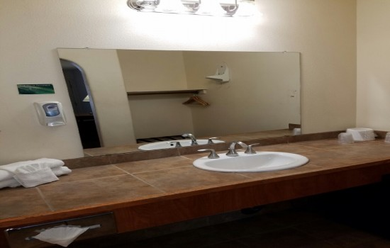 Welcome To Premier Inns Tolleson - Vanity Area